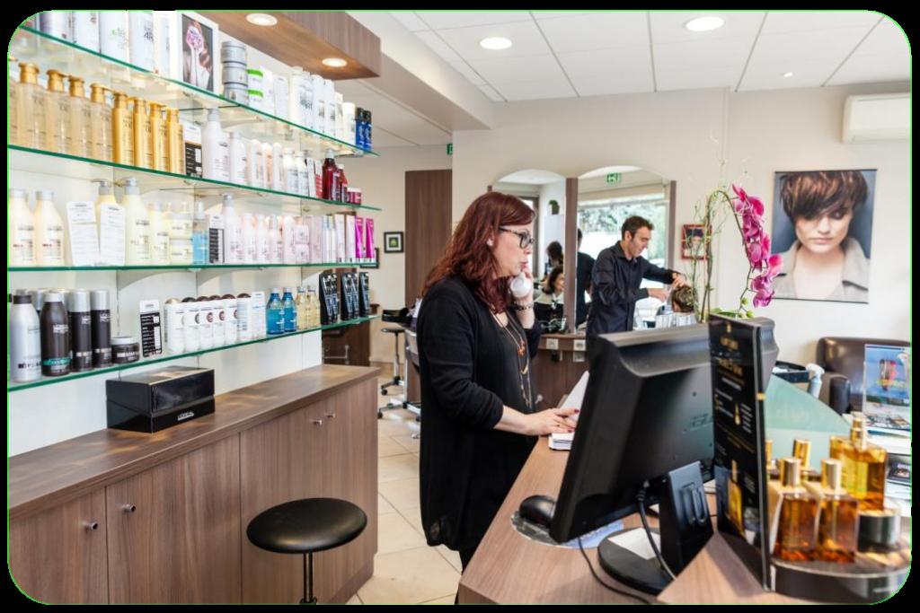 Salon de coiffure à sens 89